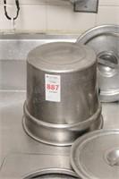 2 6-quart round soup pots w/ chaffing pan liner