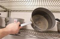 10 quart aluminum pot with handle