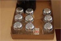 9 pc Parmesian and crushed pepper Shakers