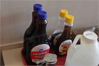 12 pc Syrup dispensers and Syrup