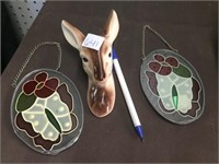 DEER HEAD, 2 SMALL STAIN GLASS