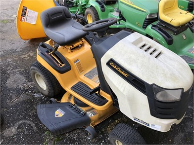 Cub Cadet Ltx1040 Auction Results 3 Listings Auctiontime Com Page 1 Of 1