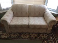 SEALY  LOVESEAT IN EXCELLENT CONDITION