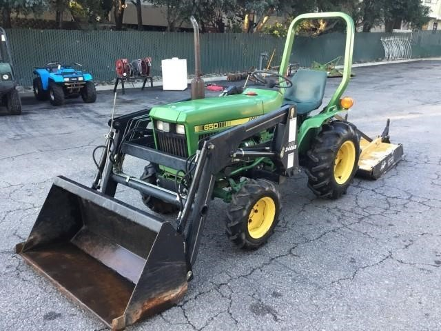 John Deere 650 >> John Deere 650 Diesel 4x4 Tractor Triple Seven Auctions