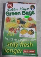 Lot of 100 Debbie Meyer Green Bags -As Seen on TV