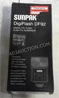 Sunpak Digiflash for Nikon Cameras - NEW