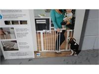 Munchkin Safety Gates Metal Gate - NEW