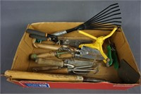 Flower Bed and Garden Hand Tools