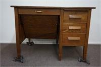 Antique Quarter Sawn Oak Typewriter Desk