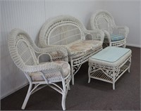 Wicker 4pc. Patio Lounge Set Sofa Chairs and Table