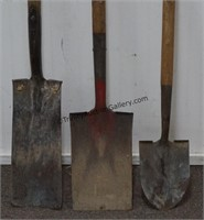3 Short Handle Shovels