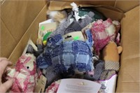 Pallet Lot of Mostly New Pet Related + Mixed Merch