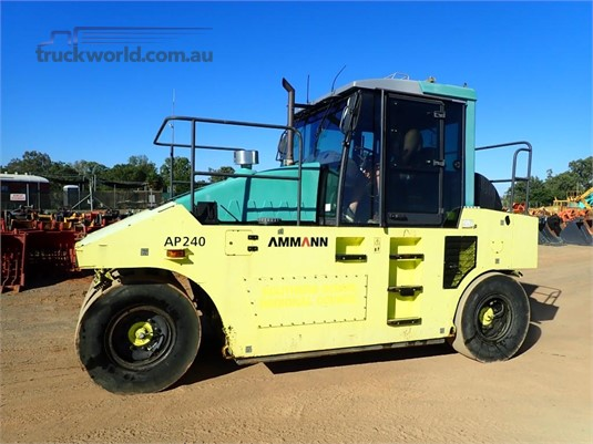 2009 Ammann AP240 - Heavy Machinery for Sale