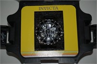 INVICTA MENS WATCH- CHIPPED CRYSTAL