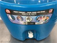 Blue Plastic Party Ice Bucket