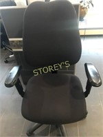Hi Back Office Chair - black