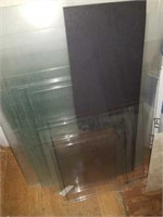 Lot of assorted size glass