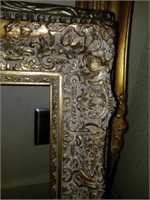 Lot of 4 Beautiful Gold Gilded Style Frames