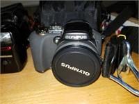 Olympus camera, Samsung camera