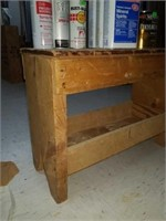 Bench with spray paint and finish