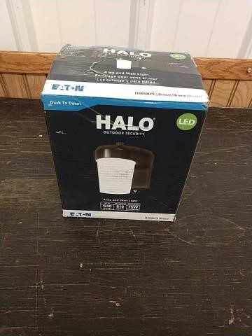 N4 Halo outdoor security area in wall light | Michigan