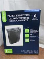 Pen + Gear Stripcut Paper/Credit Card Shredder