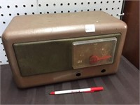 OLD RADIO FOR PARTS