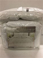 CHATEAU BED SET, QUEEN
