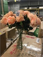 ARTIFICIAL FLOWERS IN VASE DECOR