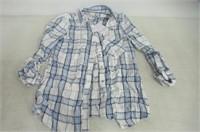Love Life LA Womens Medium Plaid Button Up Shirt,