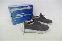Skechers Men's 12 GO Run MOJO - PEP Sneakers,