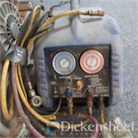 Compressor, Refrigerant Recovering System