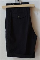 Y-E-S SIZE 30 MENS SHORTS