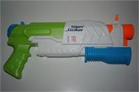 SUPER SOAKER WATER GUN