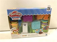 KITCHEN CREATIONS PLAY-DOH TOY