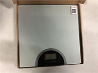 SILVER ELECTRONIC WEIGHING SCALE