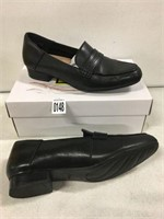CLARKS WOMENS SHOES SIZE 8.5