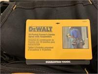 New DEWALT 19 Pocket Framers Apron