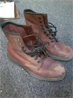 Doc Martins Air Walk Ladies Boots Sz 5