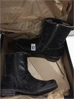 FRYE WOMENS BOOTS SIZE 9 USED