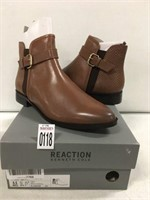 REACTION WOMENS BOOTS SIZE 8.5