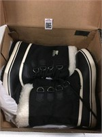 SOREL WOMENS BOOTS SIZE 7