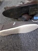 Lot of 2 Ladies Shoes Sz 7.5 Millers & Toms