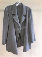 Ladies Coat Appears Sz L