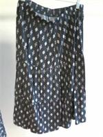 Lot of 3 Asstd Ladies Skirts Sz 6 Sz M & Sz L