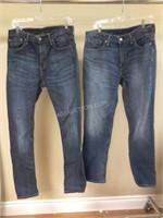 Lot of 2 Mens Levi's Jeans Sz 32/32