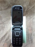 LG Flip Phone - 2.2 With Charger AS/IS