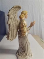 "James Christensen ""Female Crèche Angel"" Figure"