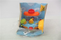 Wall Mountable Pirate Ship Bath Tub Toy with Water