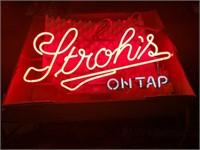 Vintage Stroh's on tap